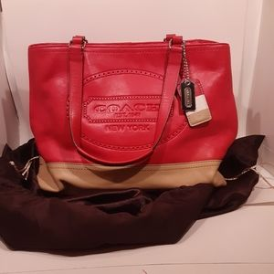 Coach Hamptons Weekend Leather Tote